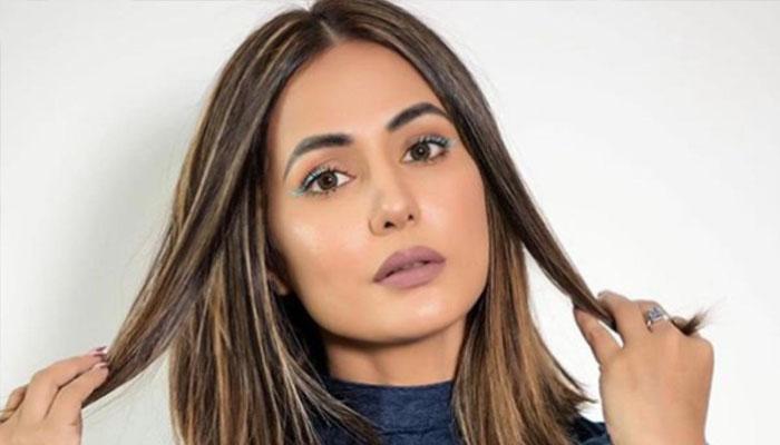 میں ایک بےبس بیٹی ہوں: حنا خان کا قرنطینہ سے جذباتی پیغام