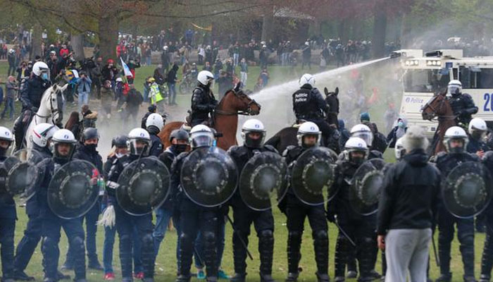 بیلجئم میں لاک ڈاؤن کے خلاف احتجاج ،متعدد افراد زخمی