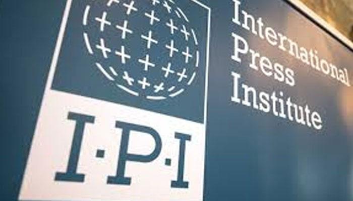 میڈیا کو دبانے کی کوششوں میں اضافہ دیکھا جا رہا ہے، انٹرنیشنل پریس انسٹی ٹیوٹ