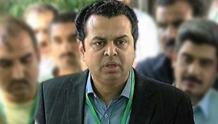 طلال چوہدری نے فردوس عاشق کی اے سی سے بدتمیزی کی مذمت کردی