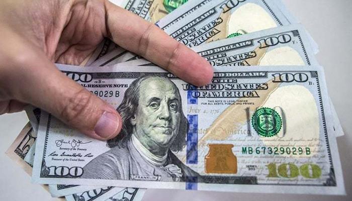 انٹربینک تبادلہ مارکیٹ میں ڈالر کی قدر میں 9 پیسے کی کمی