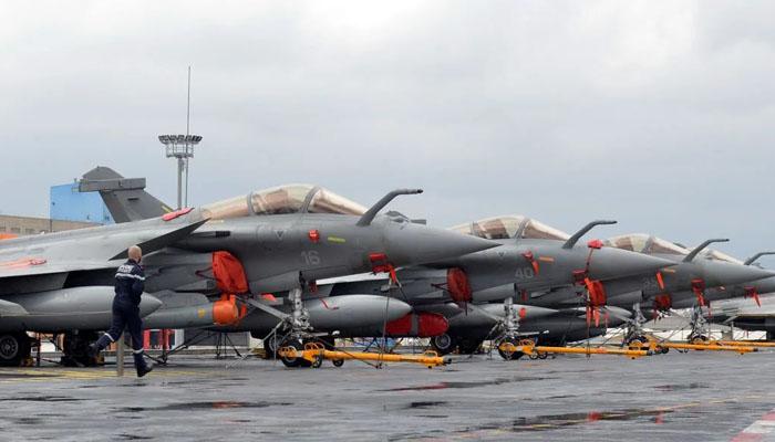 مصرکا 30 رافیل طیاروں کی خریداری کیلئے فرانسیسی کمپنی سے معاہدہ