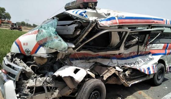 ملتان، ایمبولینس اور بس میں تصادم ، 3 جاں بحق