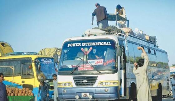 انٹر سٹی ٹرانسپورٹ پر حکومت سندھ کی پابندی کے احکامات نظرانداز