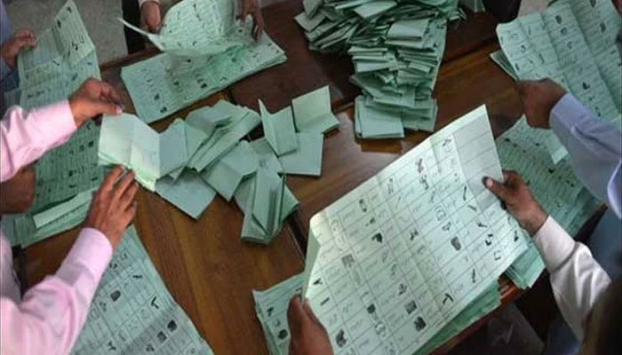 این اے 249: بائیکاٹ کے باوجود ووٹوں کی گنتی جاری