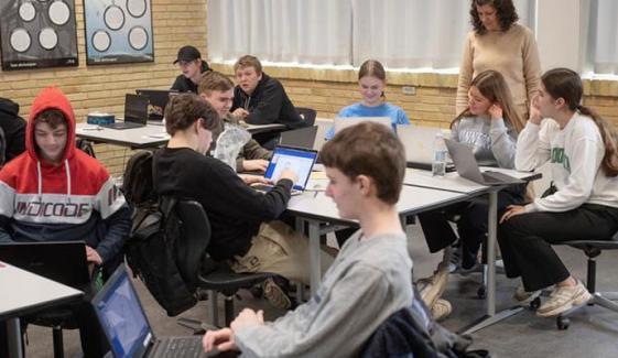 ڈنمارک میں رواں ہفتےاسکول کھولنے کافیصلہ