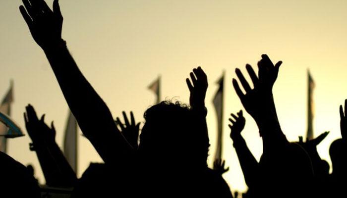 کراچی: لیاری میں دکانیں بند کرانے پر دکانداروں کا احتجاج