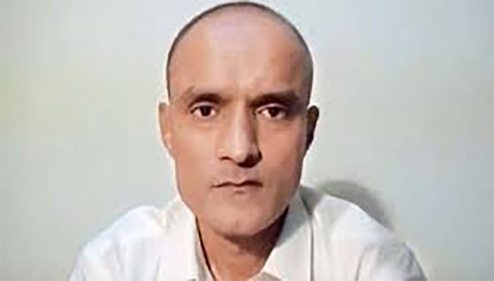 کلبھوشن کو وکیل فراہم کرنے سے متعلق بھارت کو ایک اور مہلت دے رہے ہیں، حکم نامہ