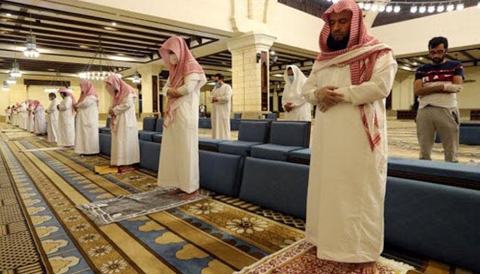 سعودی عرب: 6 علاقوں کے 23 نمازیوں میں کورونا کی تصدیق