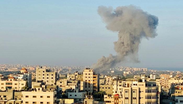 اسرائیلی فضائیہ کی غزہ پٹی پر بمباری، حماس کے سینئر کمانڈر شہید