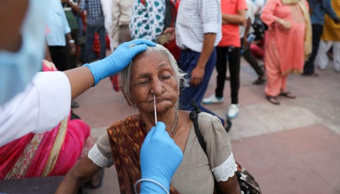 بھارت میں کورونا سےمزید 3 ہزاراموات، 2 لاکھ 78ہزارمتاثر