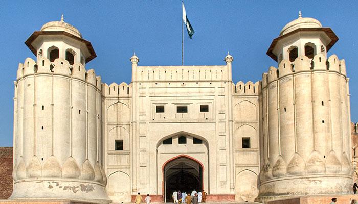 لاہور کے شاہی قلعہ میں 170 سال قدیم پینٹنگز آویزاں