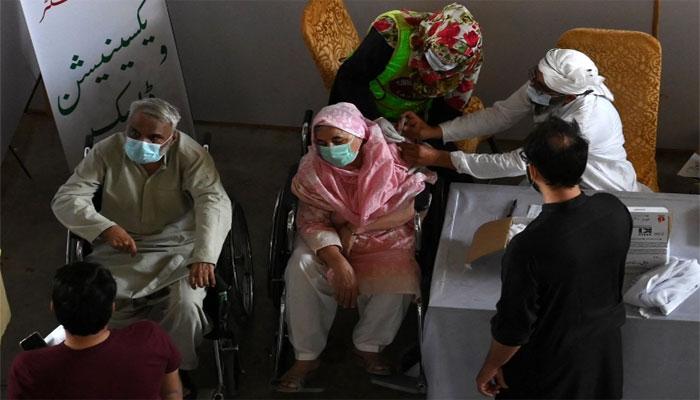 لاہور: پانچوں ویکسی نیشن سینٹرز میں شکایت سیل قائم