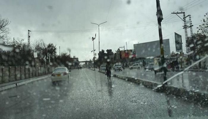 لاہور سمیت پنجاب میں آندھی و بارش ، گرمی کا زور ٹوٹ گیا