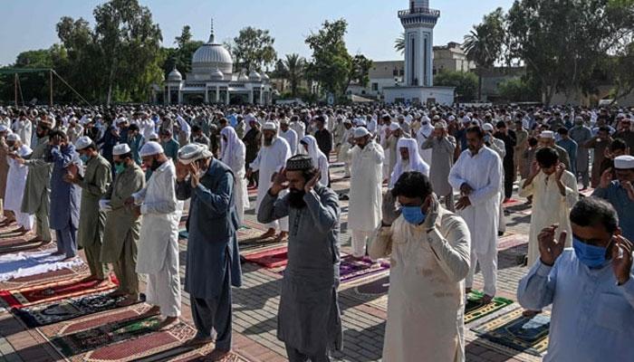 کراچی اور لاہور میں عیدالفطر کی نماز کے اوقات