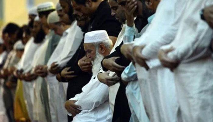 کس نے کہاں نمازِ عید ادا کی ؟