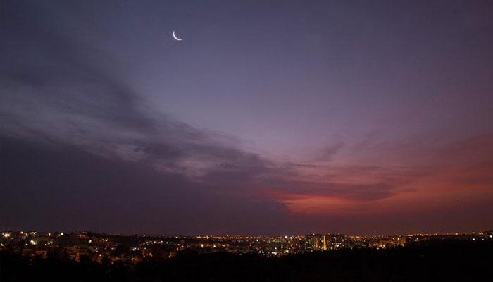 گزشتہ روز نظر آنے والا چاند پہلی کا تھا، ماہرین فلکیات