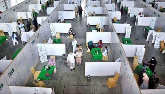 پنجاب میں کورونا ویکسی نیشن آج سے دوبارہ شروع ہوگی