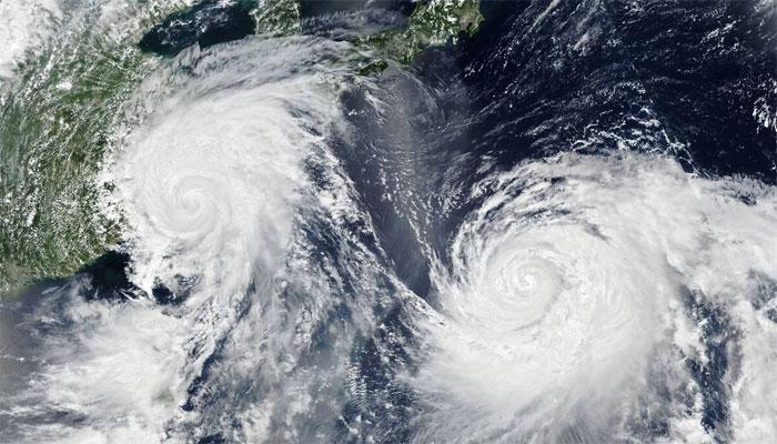 طوفان تاؤتے کراچی سے کتنی دور؟