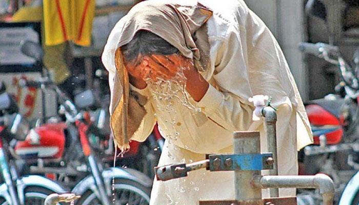 کراچی: گرمی کی شدت میں اضافہ، ماہرین صحت کی اہم ہدایات جاری