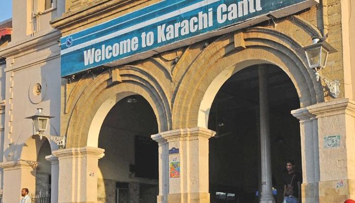 سمندری طوفان: پاکستان ریلوے نے کراچی ڈویژن میں 3 کنٹرول روم قائم کردیے