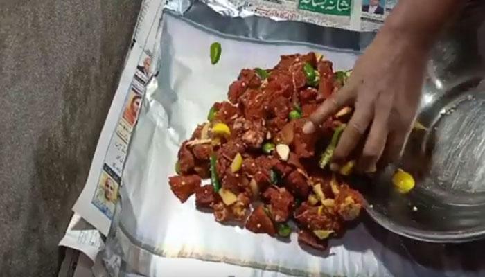 شکر گڑھ: اینٹوں کے بھٹے لذیذ گوشت بھی پکانے لگے