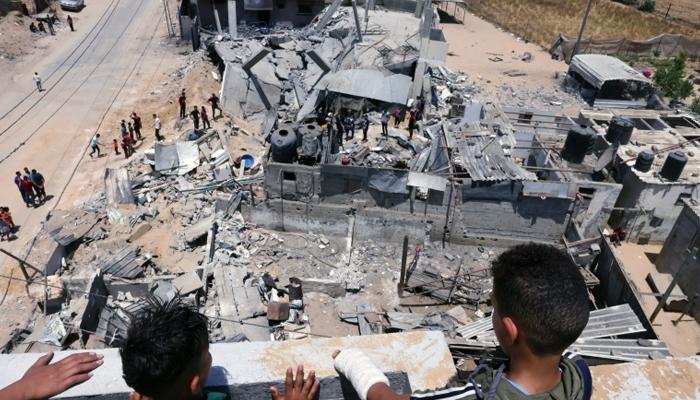 غزہ کی پٹی پر اسرائیلی طیاروں کی شدید بم باری