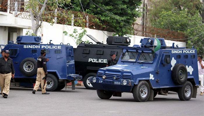 کراچی پولیس اہلکار سے اسلحہ چھیننے کی کوشش، اہلکار زخمی  ہوگیا