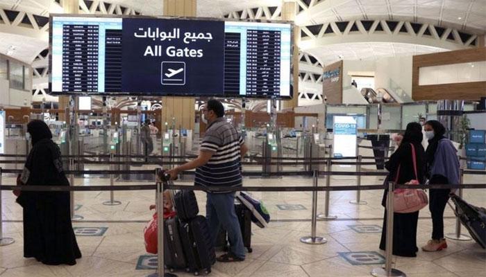 سعودی عرب میں گزشتہ روز سے سفری پابندیاں اٹھالی گئیں