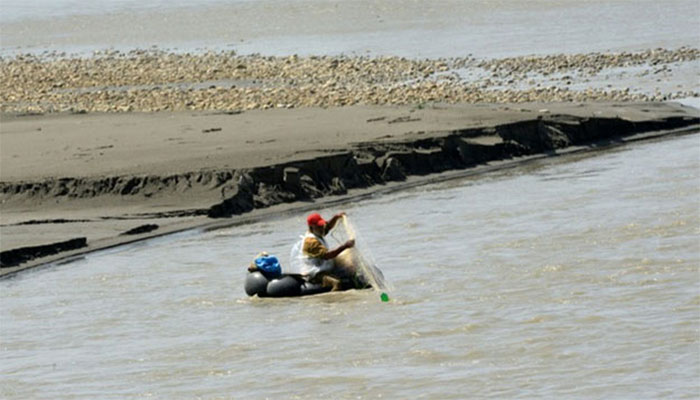 جیوانی کےسمندر سے26کلو وزنی سوا نامی مچھلی کا شکار،مقامی ماہی گیر
