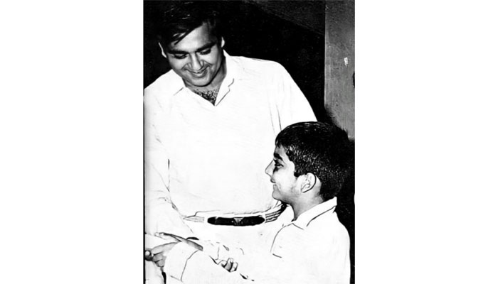 Sanjay Dutt shared an old photo of his father on his 92nd birthday on social media