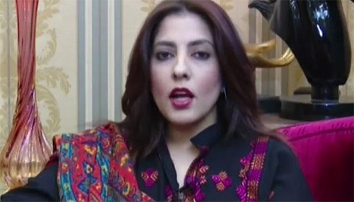 اسد عمر صاحب، آپ کونالائقی کی وجہ سے وزارت خزانہ سے ہٹایا گیا، سینیٹر پلوشہ خان