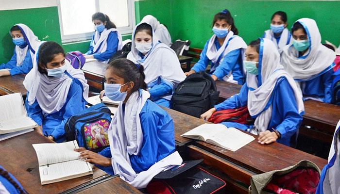 سندھ میں نویں جماعت اور اوپر کی کلاسیں آج سے شروع