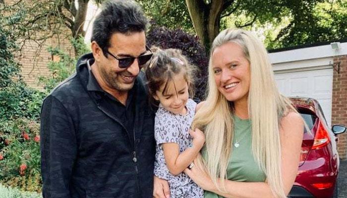 وسیم اور شنیرا کی بیٹی نے پاکستان آسٹریلیا کو ایک کرنے کی ٹھان لی