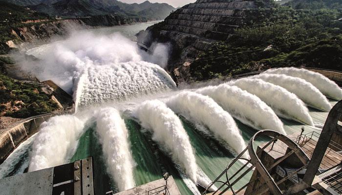 تربیلا ڈیم میں مٹی آجانے سے بجلی پیداوار بند