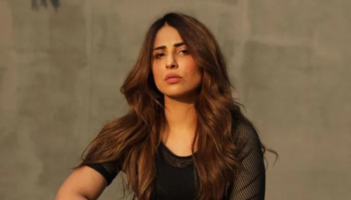 Men and women are treated differently on the set, Ushna Shah