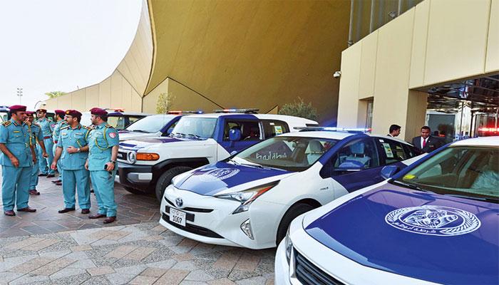 ابوظبی میں ٹریفک سیفٹی مہم، سرخ سگنل توڑنے پر 50 ہزار درہم جرمانہ ہوگا