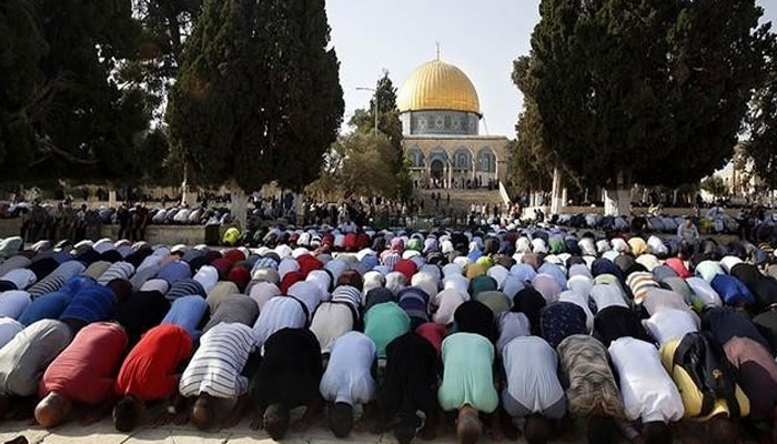 Friday prayers of 40,000 people in Al-Aqsa Mosque, strict blockade by Israel