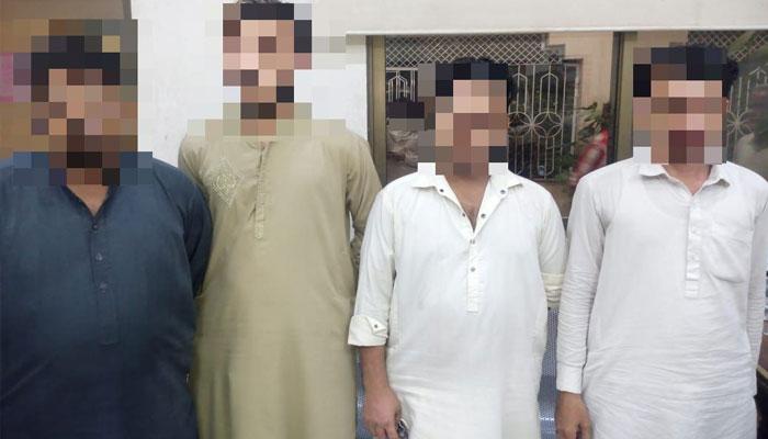 کراچی: 4 ملزمان گرفتار، 85 اے ٹی ایم کارڈز اور نقدی برآمد