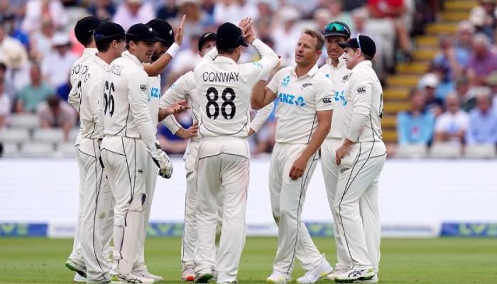 نیوزی لینڈ نے انگلینڈ کو دوسرے ٹیسٹ میں شکست دیدی، سیریز بھی نام کرلی