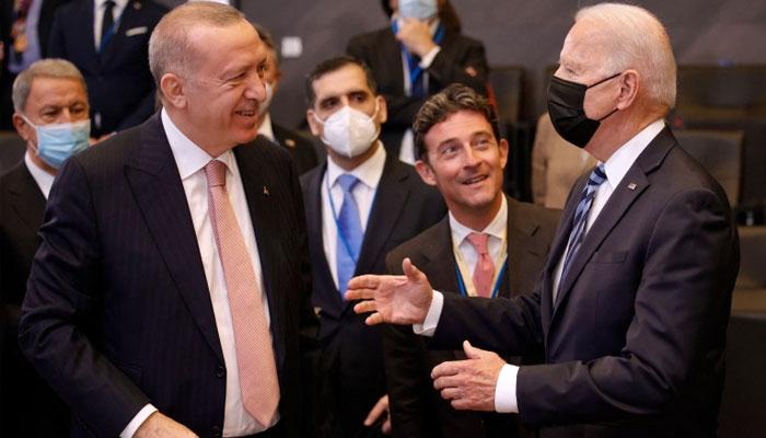 برسلز میں جو بائیڈن اور ترک صدر کی ملاقات