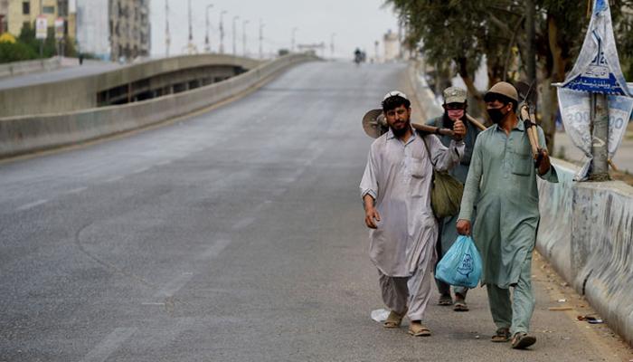 سندھ: سرکاری ملازمین کی تنخواہ میں 20 فیصد اضافہ، مزدور طبقے کی کم از کم اجرت 25 ہزار مقرر