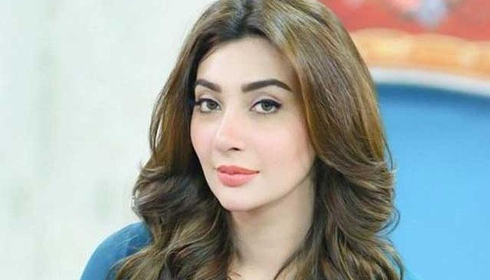 عائشہ خان کی پہلی محبت کون؟