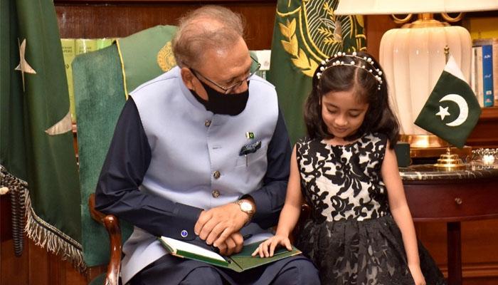 صدرِ مملکت کی 4 سالہ مائیکروسوفٹ پروفیشنل سے ملاقات