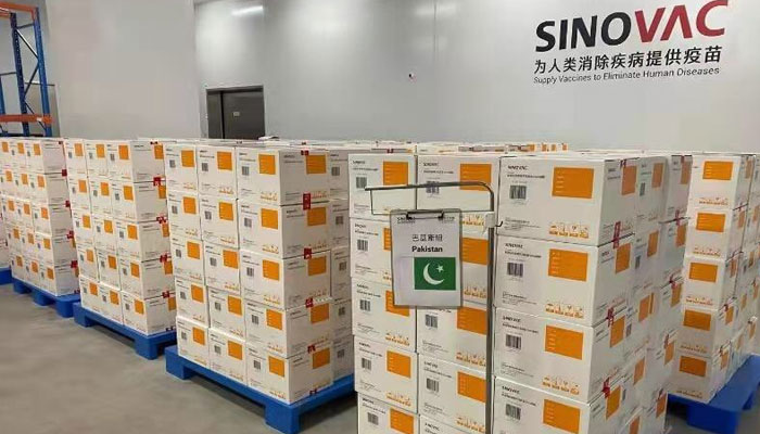 سائنو ویک کی مزید 20 لاکھ خوراکیں پاکستان پہنچ گئیں