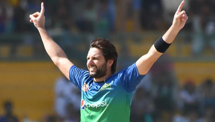 شاہد آفریدی کی پشاور زلمی کو فائنل میں پہنچنے پر مبارکباد