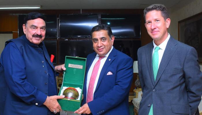 برطانیہ سے مجرمان کی واپسی کے معاہدے کا مسودہ تیار ہوگیا، شیخ رشید