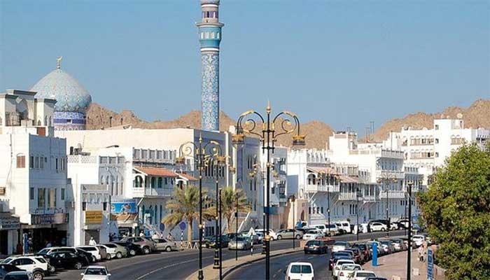 عمان کا غیرملکی سرمایہ کاروں کیلئے 10 سال تک کے رہائشی ویزے کا اعلان