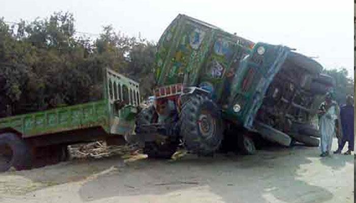 قصور: ٹرک اور اینٹوں سے بھری ٹرالی میں تصادم ، 2 افراد جاں بحق