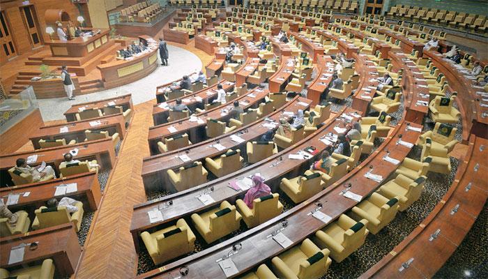 """سندھ اسمبلی : بجٹ منظور، اپوزیشن کے""""گو کرپشن گو"""" کے نعرے"""